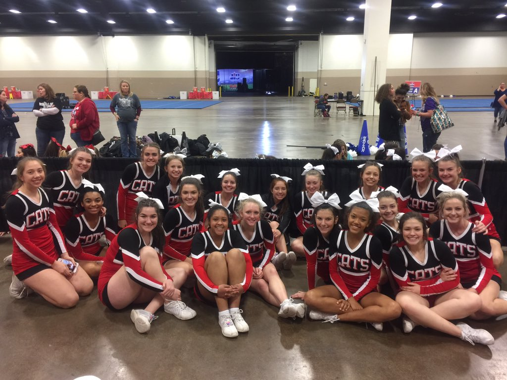KHS CHEER TAKES 10th IN STATE UIL COMPETITION